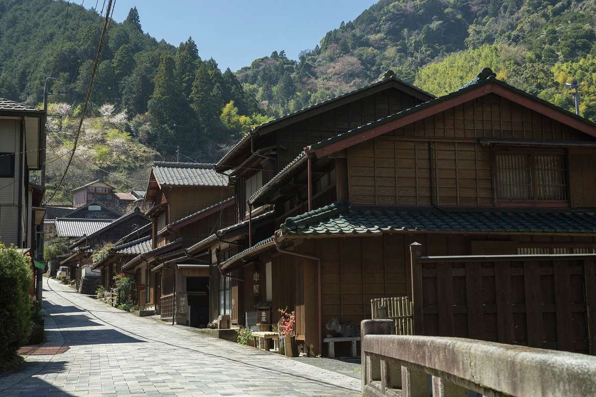 Thyme skids to the Edo era! Nostalgic Maruko & Utsunoya walk