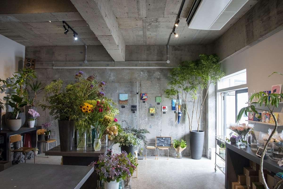 【花のあるくらし研究所】毎日新しい花と出合えるサブスクを用意したお花屋さんが2021/3/28(日)に上足洗にオープン