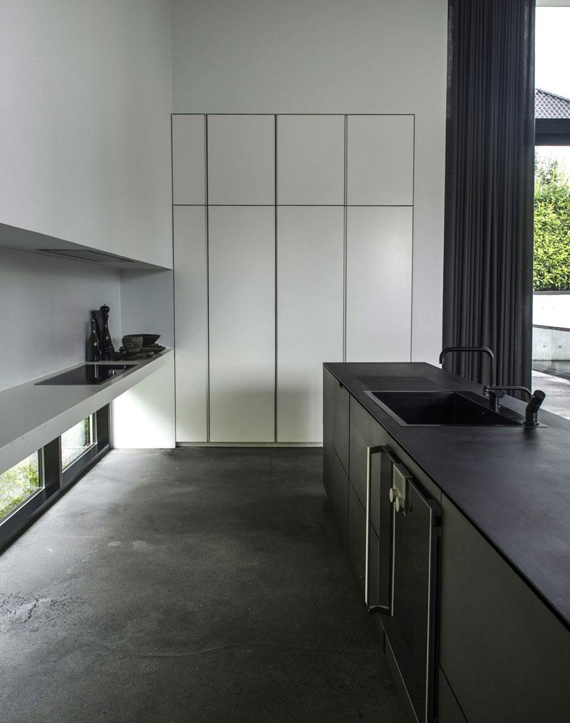 ardess-villa-v3-risskov-denmark-designboom-09