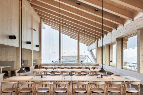 gipfelrestaurant_architecture_004-600x400