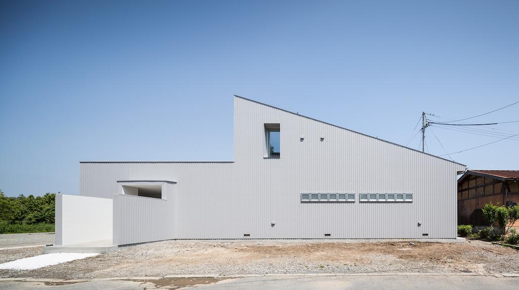 008_Form_Architecture_-1050x587