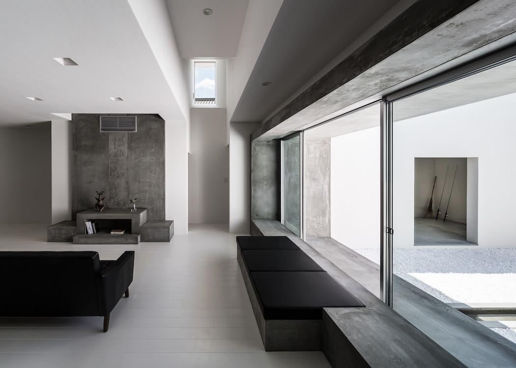 025_Form_Architecture_-1050x749
