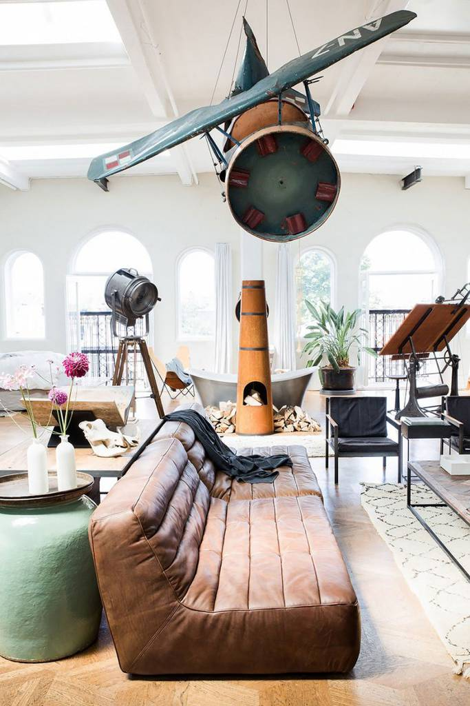 Crazy-Pop-Up-Store-Loft-in-Amsterdam6-683x1024