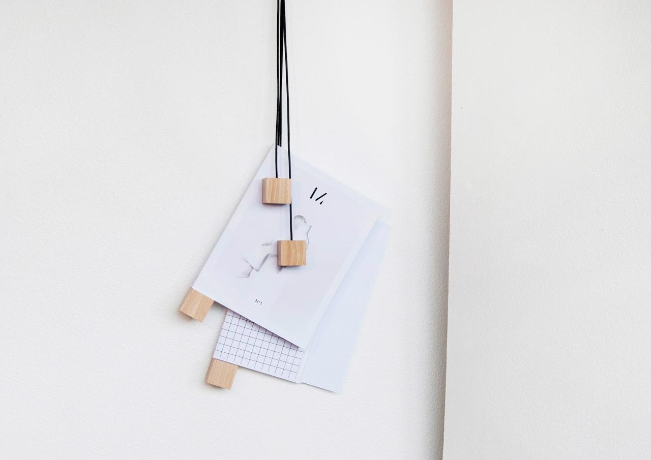 On-wall-magazine-holder-Alvaro-Diaz-Hernandez-Nyova-1