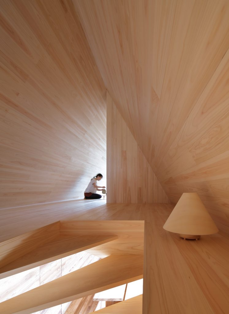 airbnb-go-hasegawa-house-vision-tokyo-yoshino-sugi-cedar-house-designboom-03