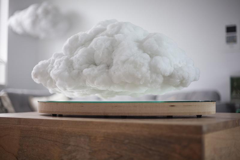 bluetooth-speaker-as-levitating-indoor-cloud-2