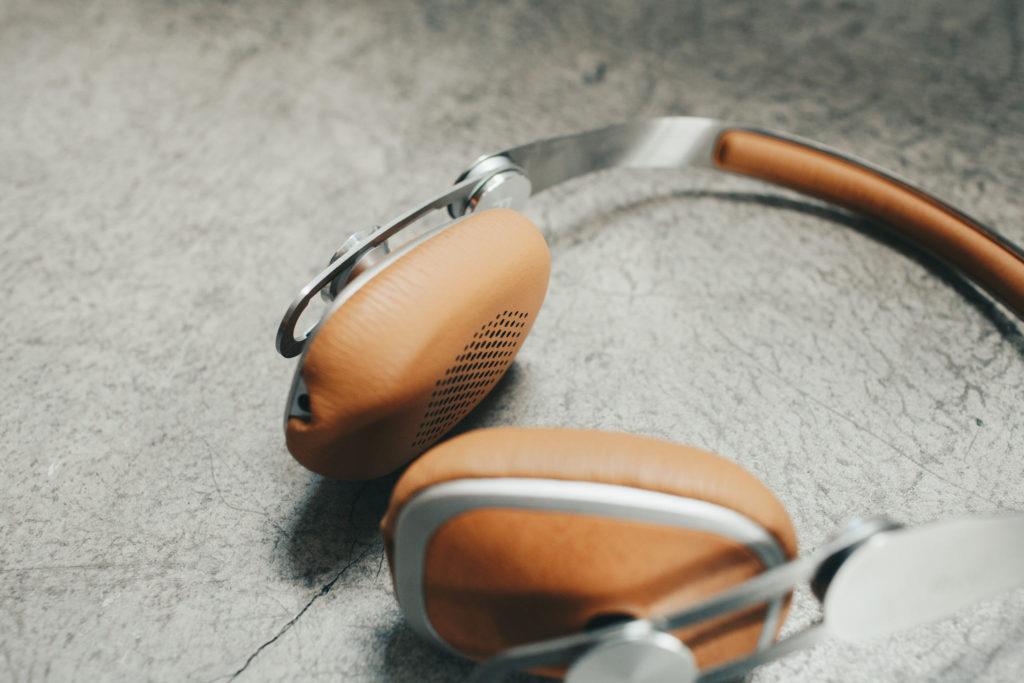 moshi avanti c 耳罩式耳機