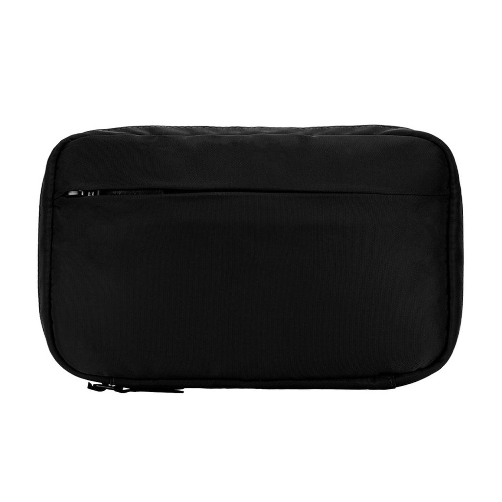 incase-flight-nylon-organizer-05