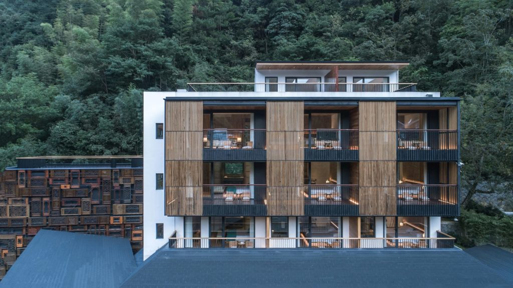 Yule Mountain hotel by continuation studio