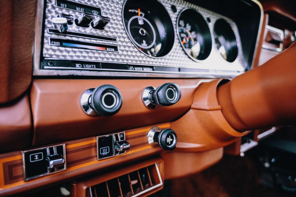 1983 Jeep Cherokee-04