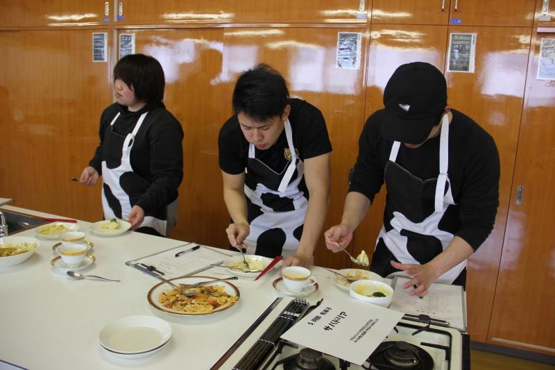 トレーニング後におすすめの牛乳を利用した筋肉料理コンテスト開催