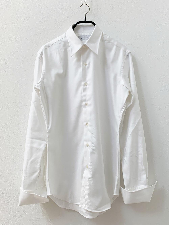 国産のなめらかコットン形態安定加工ホワイトフランス綾シャツ 洗濯前