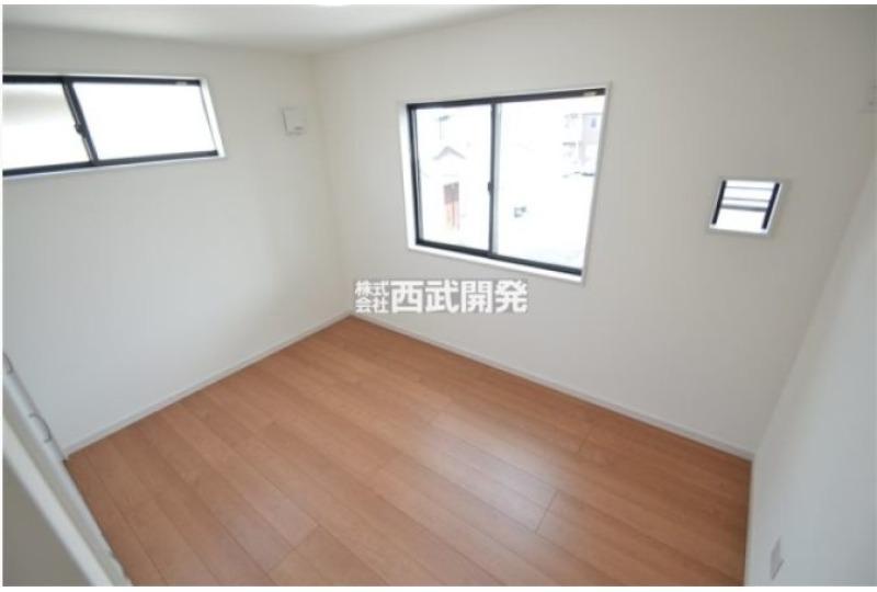 【内観】2階洋室 約6.04帖