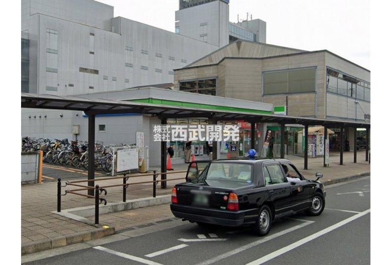 【コンビニ】ファミリーマート飯能駅前店 約450m (徒歩6分)