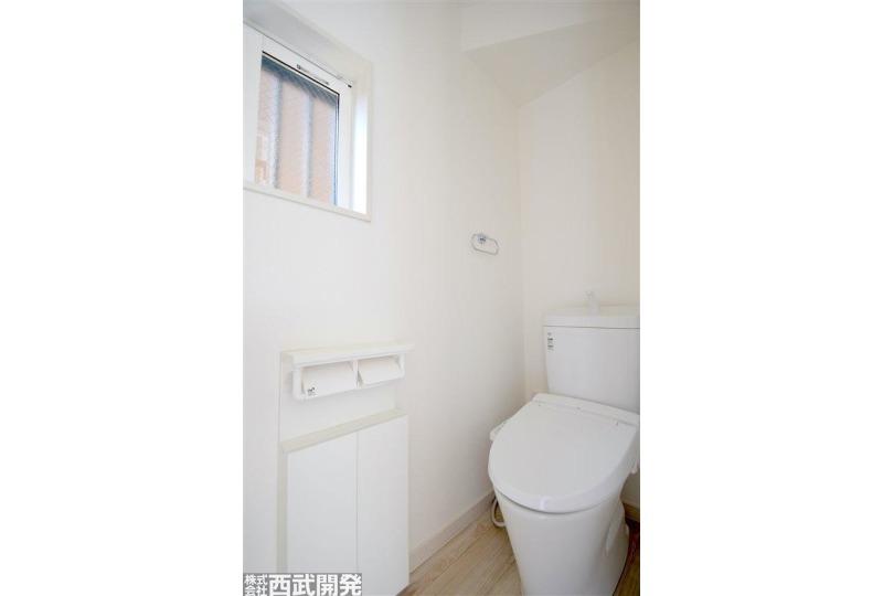 【トイレ】トイレは1階・2階の2箇所ついております。