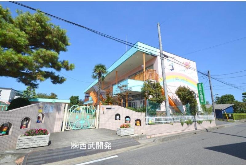 【幼稚園・保育園】足立みどり幼稚園 約700m (徒歩9分)