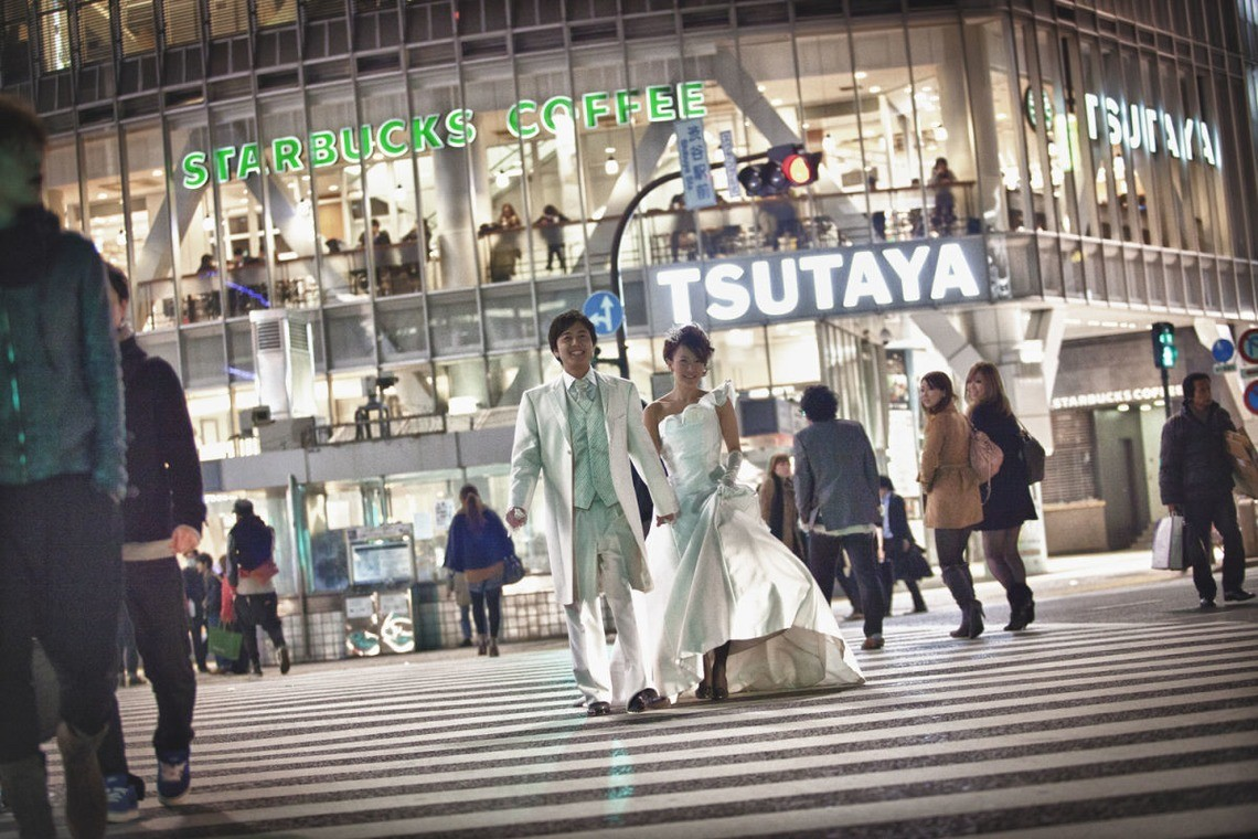 Can you guess how many people cross the Shibuya scramble? — Photo by An'z Photo