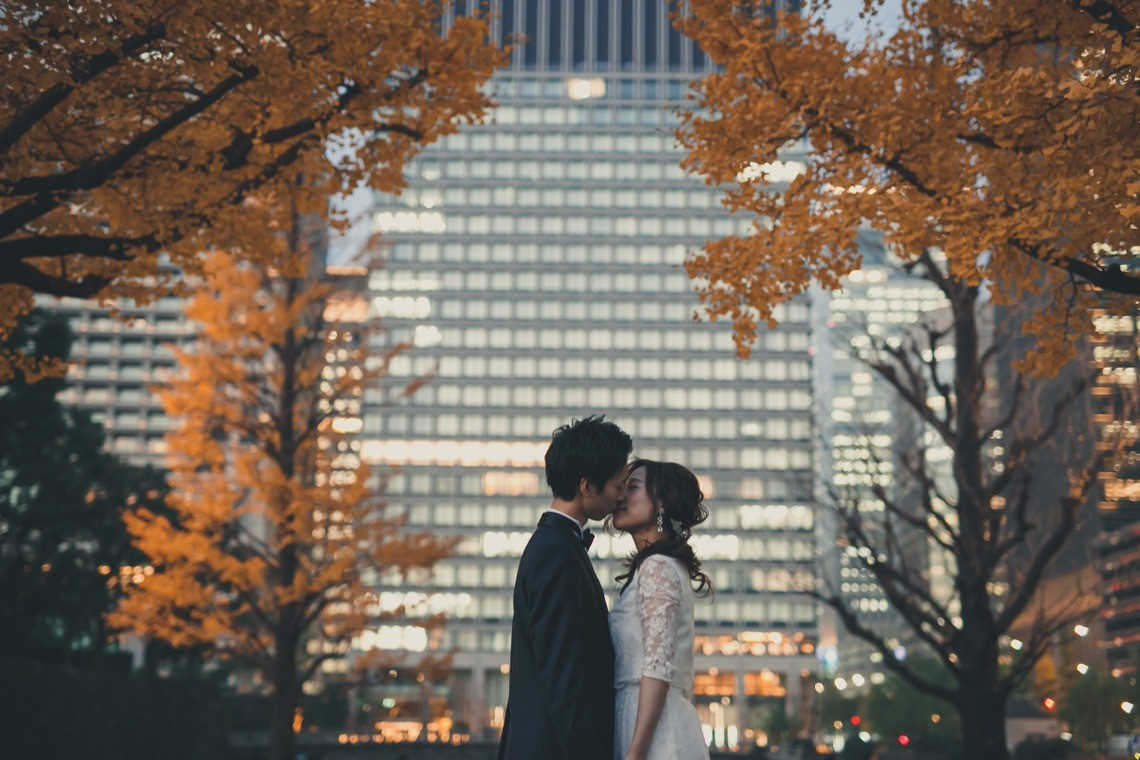 The kiss photo! Photo by Ayako Photography