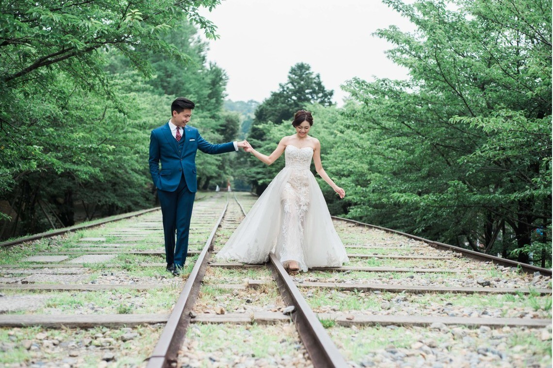 This ancient rail line is a beautiful spot for photos — Photo by Kai