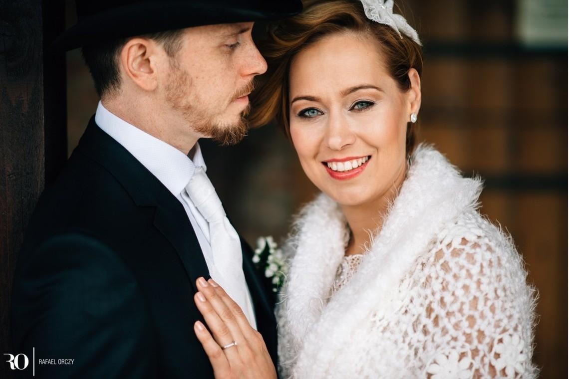 happy wedding — Photo by Rafael Orczy
