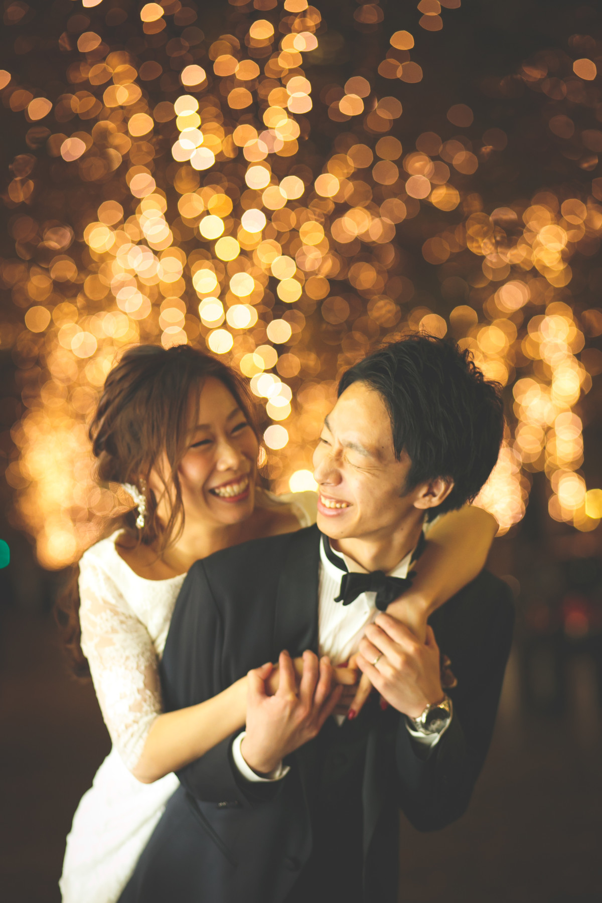 beautiful couple photo by Ayako Photography