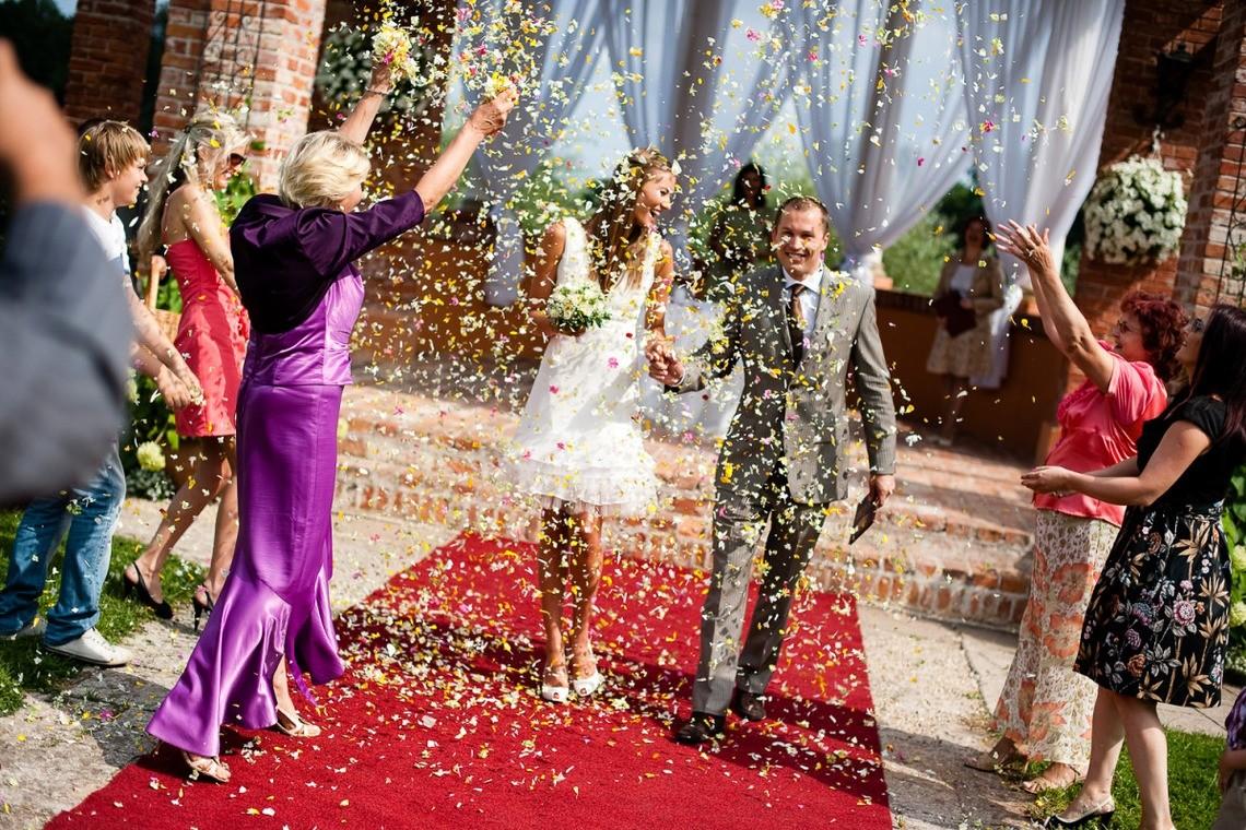 a stunning celebration — Photo by Photographer Oskars Briedis