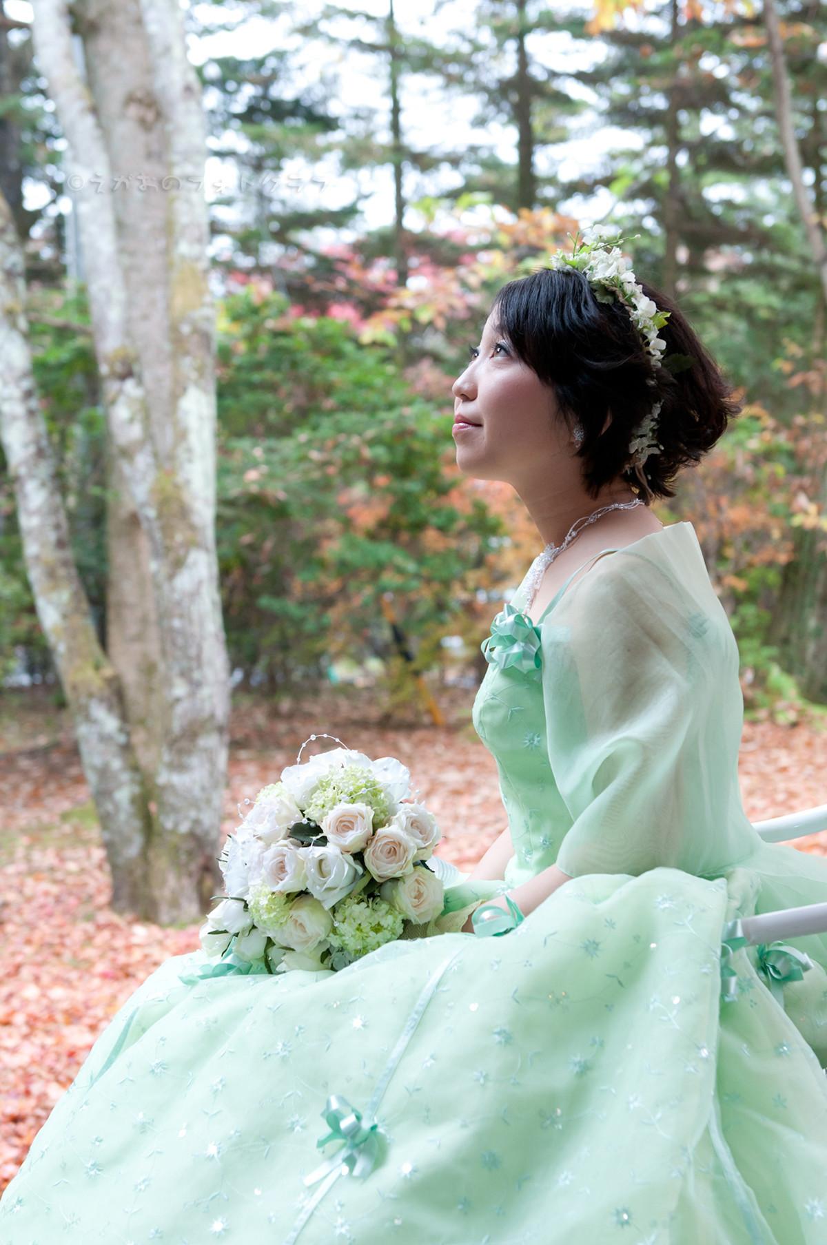 Elegant green in nature — Photo by Kimura Yasumi