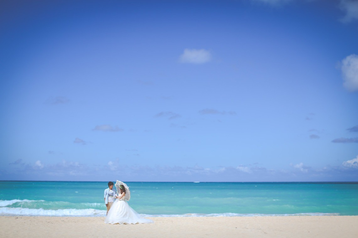 Popular beach spots include Okinawa and Hawai'i! — Photo by SUNBLOOM (KIKU)
