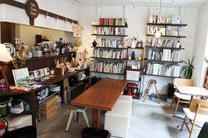 高円寺 café CrossPoint