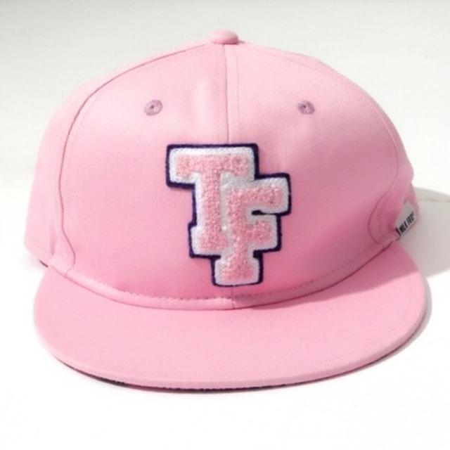 2777457-pink_cap01