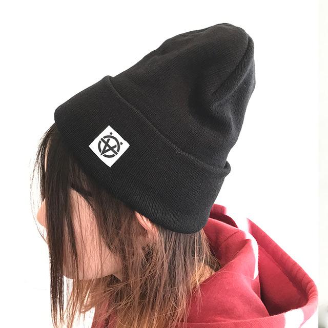 3903562-knitcap_blk_680