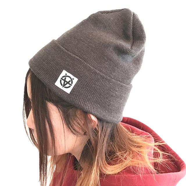 3903920-knitcap_chr_680