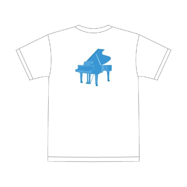 4193214-piano_white