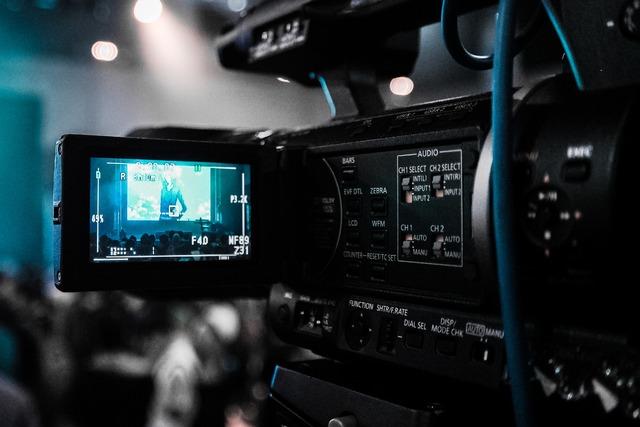 4335858-broadcast-broadcasting-camcorder-66134