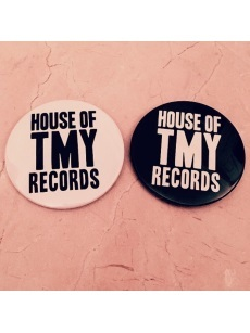 CIRCLE TINBADGE(7.6CM)HOT RECORDS BLACK / WHITE