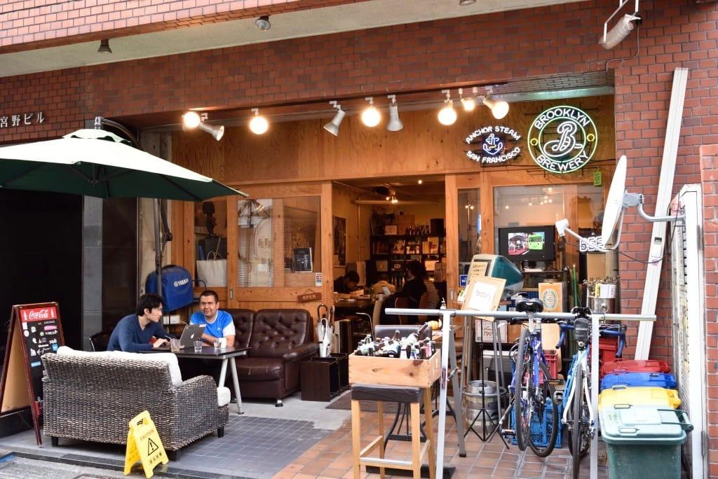 カフェ「factory」店舗外観