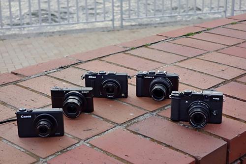 高級コンパクトデジタルカメラ