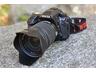 「K-5」のボディと別売の交換レンズ「DA 17-70mm F4 AL [IF] SDM」