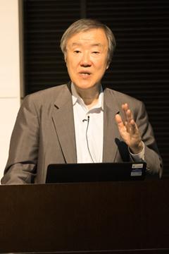 ライフネット生命保険株式会社<Br>代表取締役会長 兼CEO 出口 治明 氏