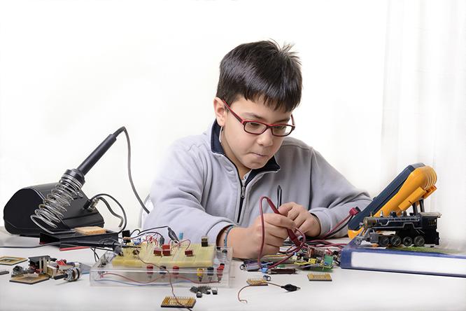 近未来の子供たちの65%は今ない職業についている