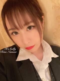 七瀬リサさん