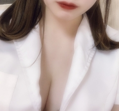篠崎ららさん