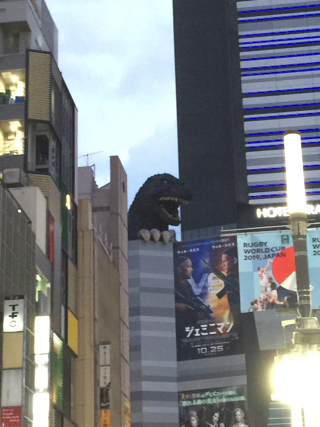 ここが新宿歌舞伎町! ビデオdeはんど新宿校の求人ブログ