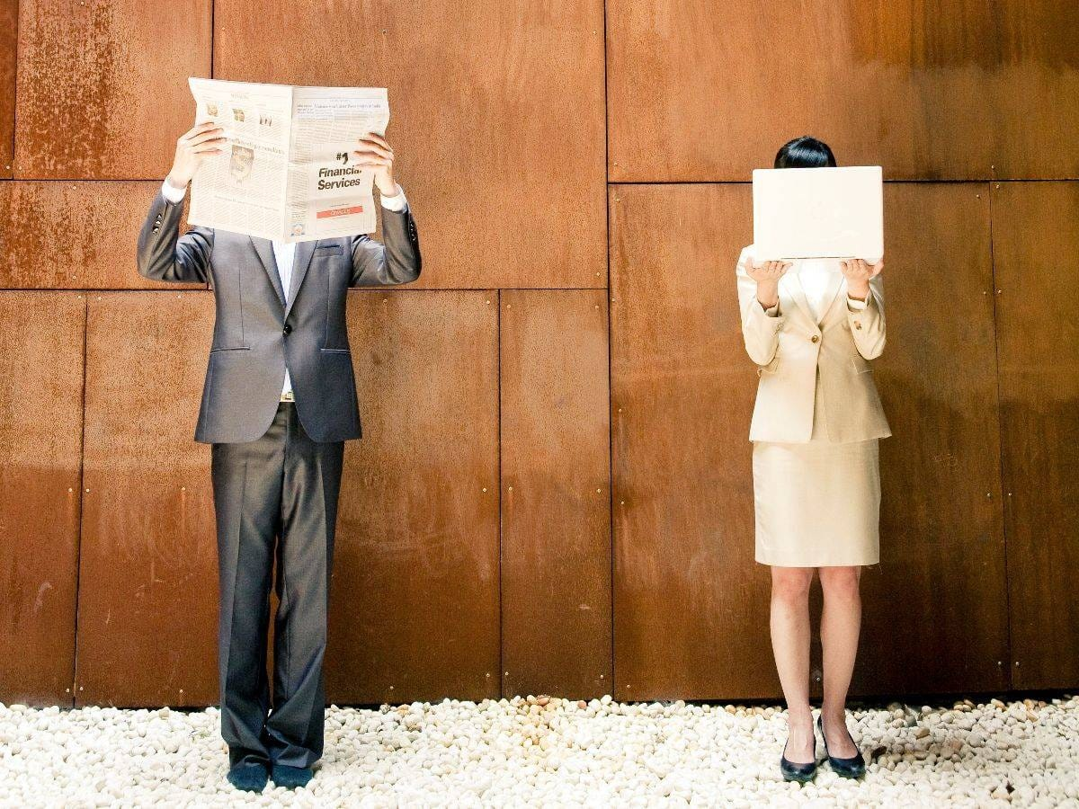 人見知りでも風俗で働けるのか|Matriarch(マトリアルカ)の求人ブログ