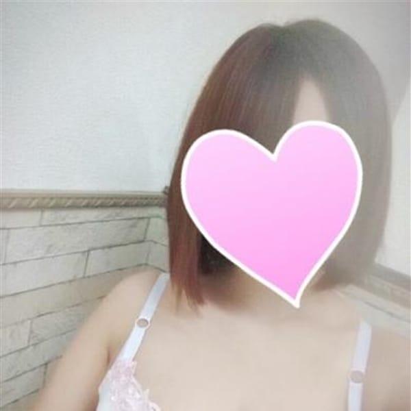 ひとみ『悩殺Gカップ爆乳美女』【グラマラスな魅惑】 | 金妻(金沢)