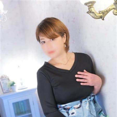 樹里[じゅり]【魅惑のショートヘアと熟巨乳】   五十路熟女マドンナ(福岡市・博多)