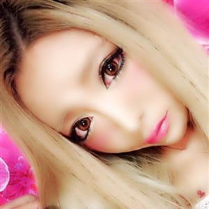 皐月 こなつ【ニューハーフ界の黒アゲハ蝶】 | XOXO Hug&Kiss (ハグアンドキス)(新大阪)