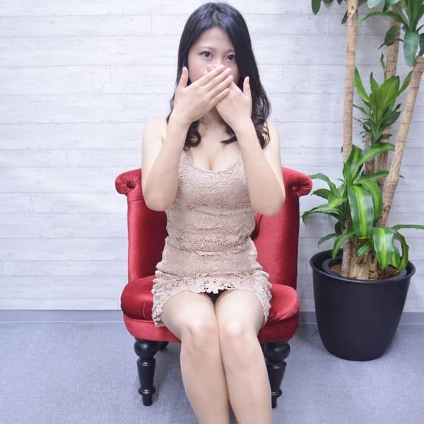 じゅん【妖艶なFカップ若妻】 | 嫁ナンデス!!(梅田)