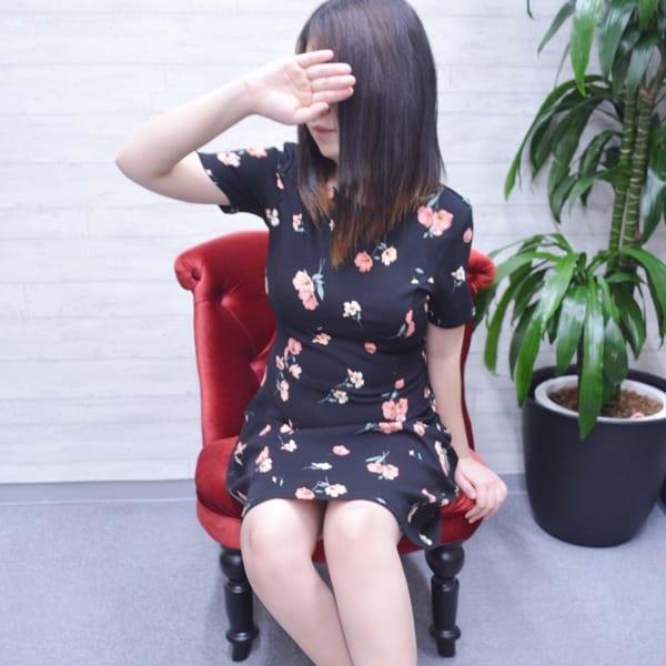 まお【ご奉仕系小柄M女奥様】 | 嫁ナンデス!!(梅田)