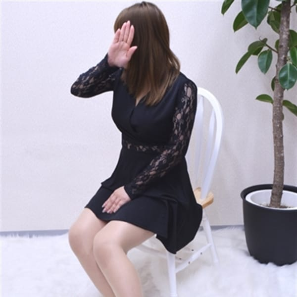 えりか【Hカップ淫乱奥様!!】   嫁ナンデス!!(梅田)